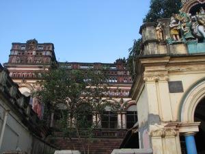 Karaikudi mansion